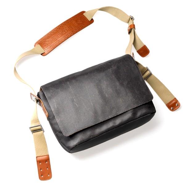 ade1d1600225 Vans Vault Taka Hayashi Brooks Shoulder Bag